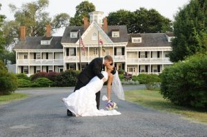 Newleyweds at Historic Kent Manor Inn