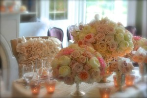 Stunning Floral arrangements from Intrigue Design&Decore provide romannce at Historic Kent Manor Inn